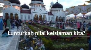 islam-tapi-tidak-islami